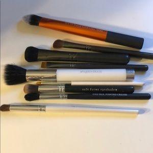 9 Brush Bundle Eye & Face MAC, Sonia Kashuk & More